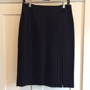 BANANA REPUBLIC wool and cashmere pencil skirt
